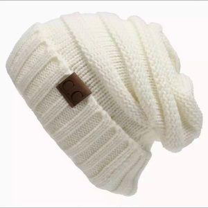 CC Slouchy beanie+Creamy White+Perfect fit+NWT